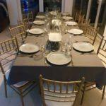 Krzesła Chiavari w domowej jadalni