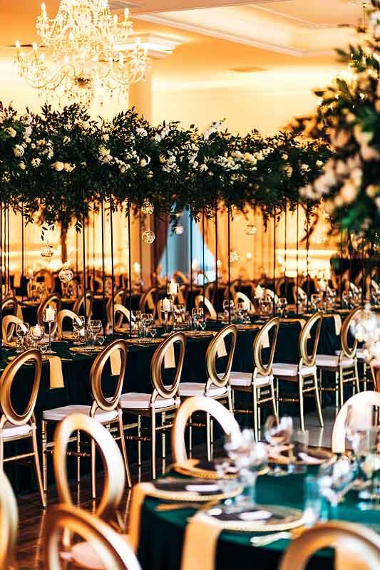 Krzesła o-back na sali weselnej| sala-weselna-krzesla-o-back